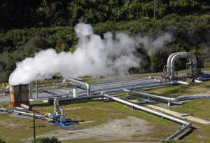 Zur Förderung und Umwandlung der Erdwärme bedarf es Geothermiekraftwerke